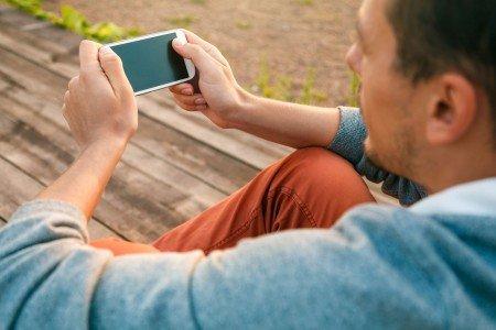 Nemám smartphone, nejsem in