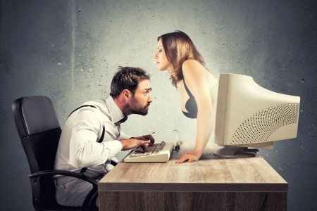 Proč randit po internetu