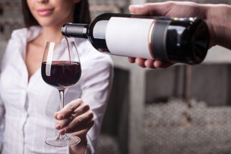 alkohol a emoce ktery pomuze sbalit holku a ktery na kuraz