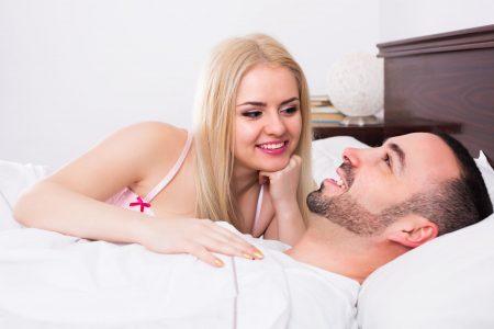proc zena predstira orgasmus