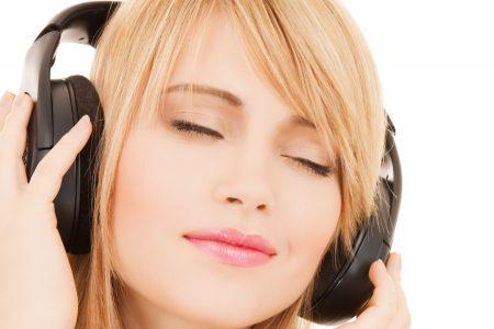 Co udělá z průměrného songu hudební hit? Statistika vám poradí!