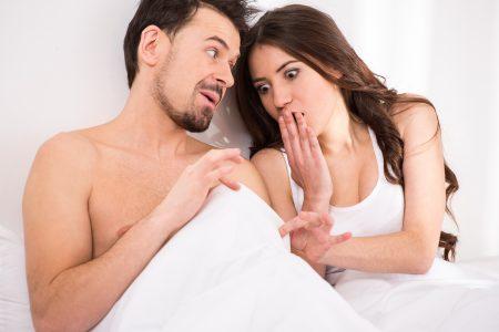 Proč a kdy je sperma žluté? Na tohle si dejte pozor!