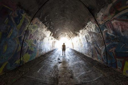 Podzemní slumy jsou krutá realita mnoha velkoměst!