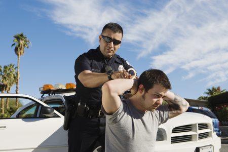 Zatčení policií z těch nejhloupějších důvodů