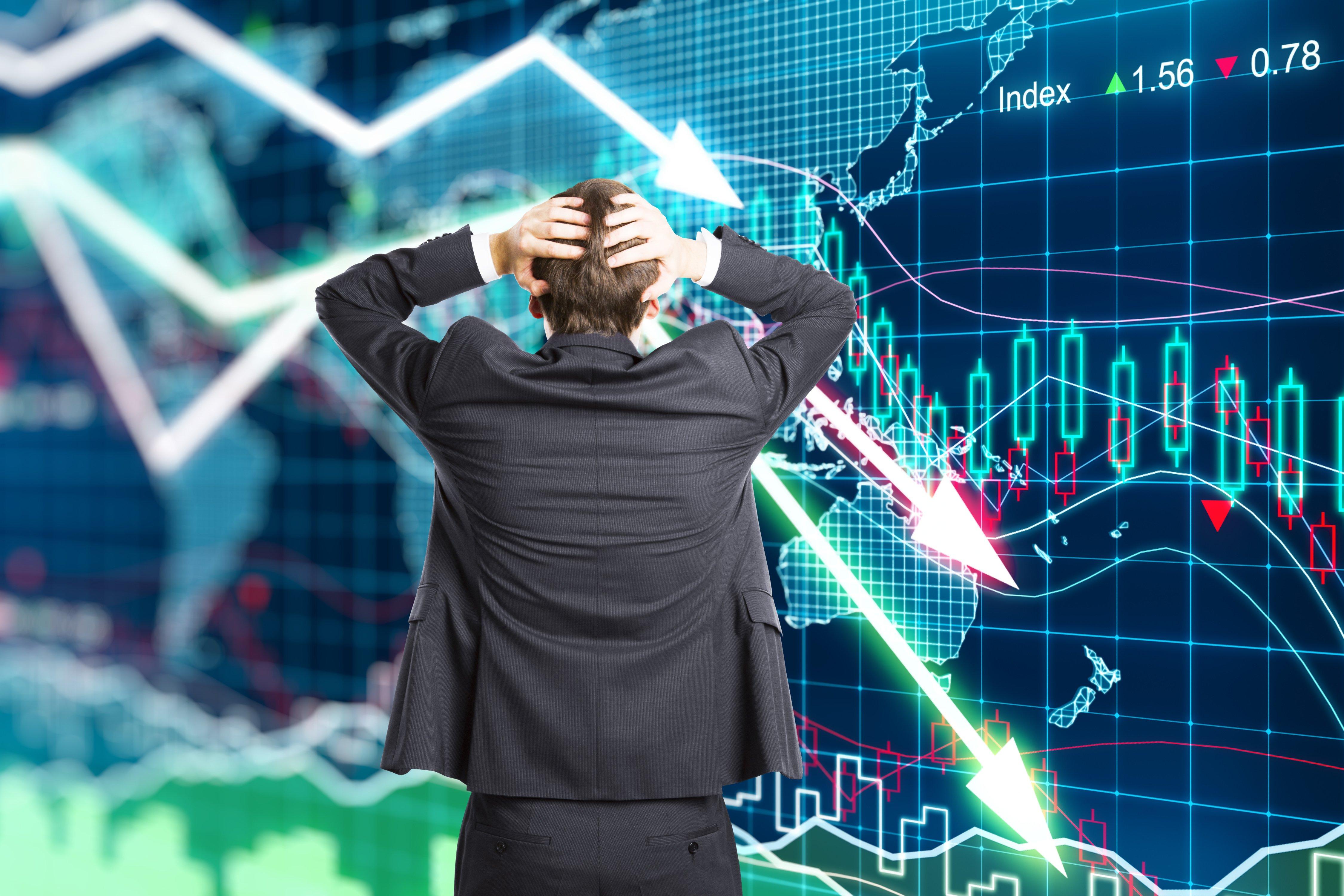 Neúspěšné vládní programy a následná krize