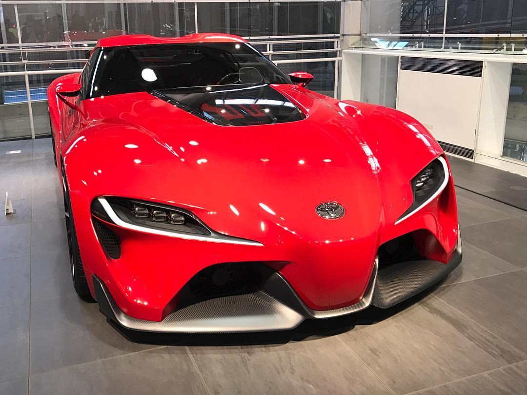NAIAS 2019 Autosalon v Detroitu