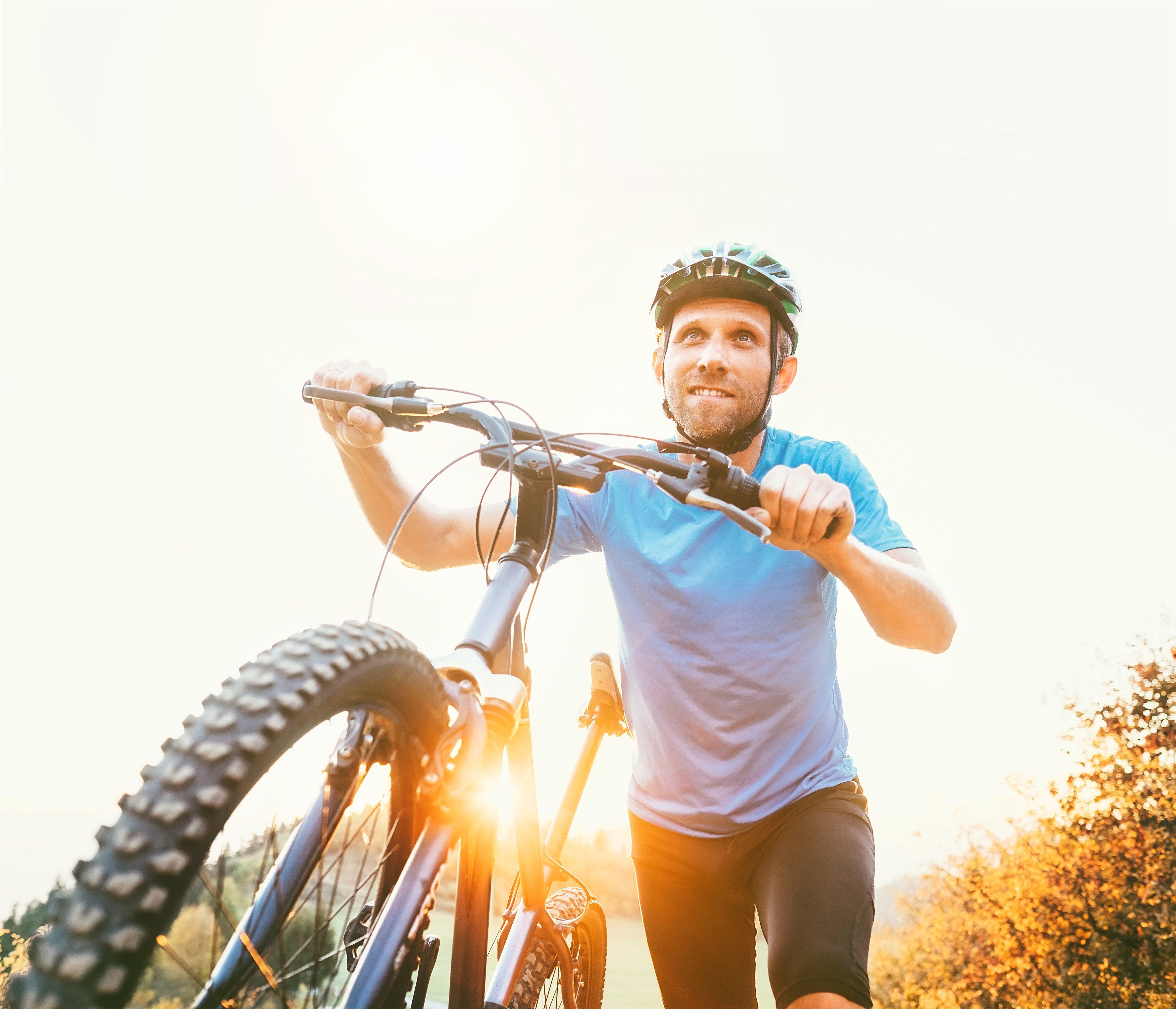 Vaše kolo odpočívalo několik měsíců, a teď je správný čas ho zkontrolovat, aby šlapalo jako hodinky.