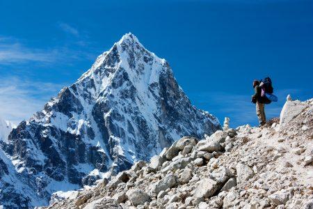 Čína se rozhodla zakročit a zavřít základní tábor na své straně hory Mount Everest pro ty, co nemají povolení kvýstupu
