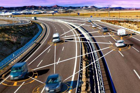 Evropská komise schválila balík jízdních asistentů, které musí být součástí všech nových vozů od roku 2022.