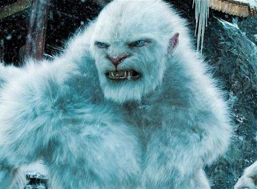 Indie řeší situaci sněžným mužem