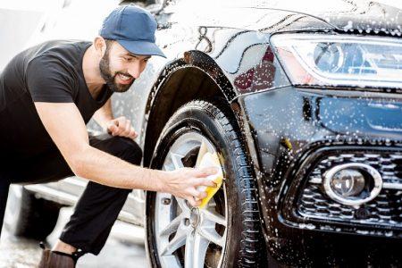Jak vyčistit alu kola, aby zůstala jako nová? Vzimě potřebují péči častěji