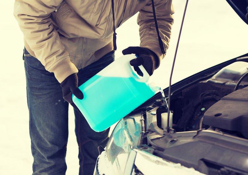 DIY: Vyrobte si sami přípravky pro ošetření auta. Tohle vám pomůže v případě nouze