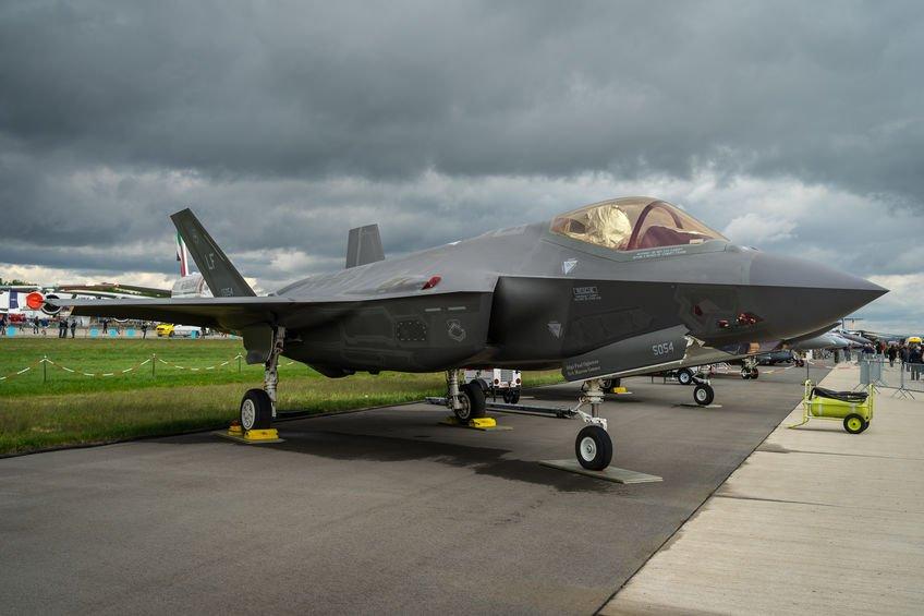 Neviditelné stíhačky F-35 možná nahradí Gripeny ve výzbroji Armády ČR